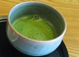 Break your coffee habit with some Matcha Green Tea, a lighter and healthier alternative. Read more about it in our September Edition of The Food Paper Newsletter.