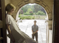 Saoirse Ronan and James McAvoy in Atonement