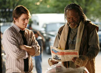 Samuel L. Jackson and Josh Hartnett in Resurrecting the Champ