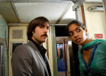 Jason Schwartzman and Amara Karan in The Darjeeling Limited