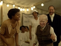 Taraji P. Henson and Peter Donald Badalamenti II in The Curious Case of Benjamin Button