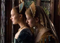 "Natalie Portman and Scarlett Johansson in ""The Other Boleyn Girl"""