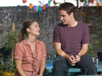 Drew Barrymore and Kevin Connolly in He's Just Not That Into You
