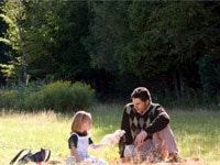 Brooklynn Proulx and Eric Bana in The Time Traveler's Wife