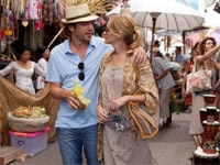 Javier Bardem and Julia Roberts in Eat Pray Love