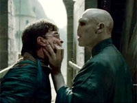 Daniel Radcliffe and Ralph Fiennes in Harry Potter and the Deathly Hallows: Part 2