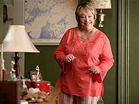 Kathy Bates in Failure to Launch