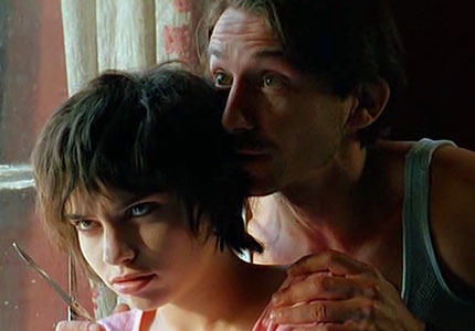 Béatrice Dalle and Jean-Hugues Anglade in Betty Blue
