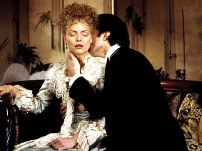Michelle Pfeiffer and Daniel Day-Lewis star in Martin Scorsese's The Age of Innocence