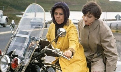 Ruth Gordon and Bud Cort in Harold and Maude
