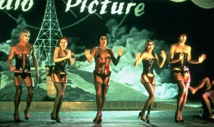 Peter Hinwood, Nell Campbell, Tim Curry, Susan Sarandon and Barry Bostwick in The Rocky Horror Picture Show
