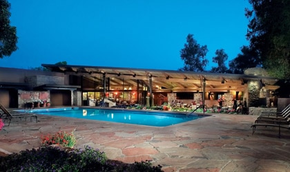 Poolside cafe at Canyon Ranch