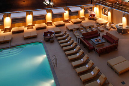 The pool at The Platinum Hotel & Spa in Las Vegas