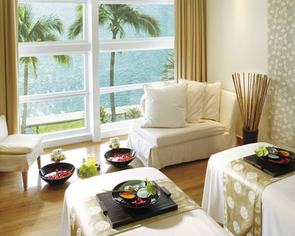 For a super romantic escape, check out the luxurious couples suite of the Mandarin Oriental, Miami