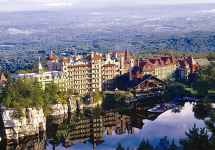 The gorgeous setting of Mohonk Mountain House