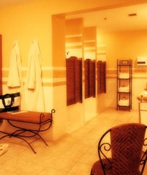 The women's spa locker room at Spa Eastman