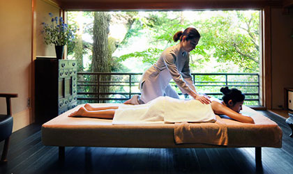 Be surrounded by natural beauty while receiving a body treatment at the Gora Kadan spa in Japan