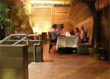 Apple Restaurant & Lounge