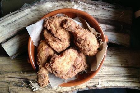Suzanne's Tennessee tea-brined fried chicken (photo by Matt Duggan)