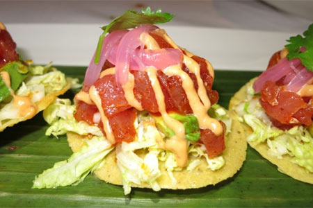 Ahi tostadita, one of the dishes that has been offered at Red O