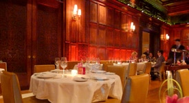 Gilt in New York is set in a nineteenth-century mansion