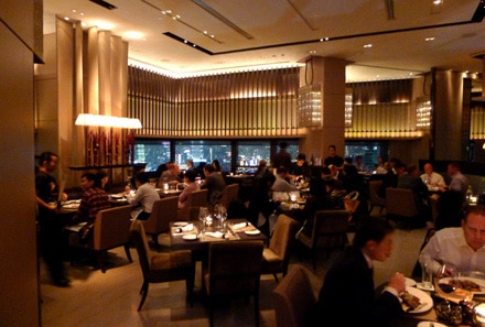 Find the best romantic restaurants in Hong Kong, including Cafe Gray Deluxe at The Upper House hotel