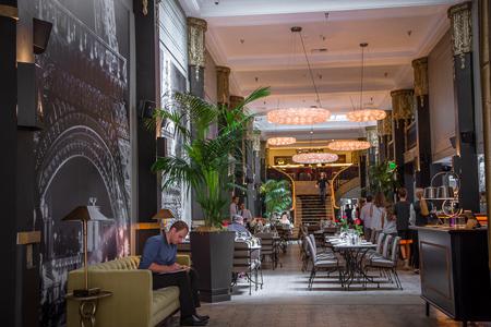 Le Petit Paris brings French cuisine to downtown Los Angeles in a grand décor