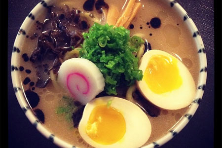 Mu Ramen draws devotees from the five boroughs
