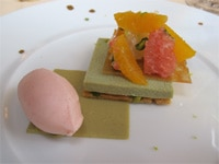 Pistachio shortbread with citrus fruit from Restaurant Lasserre