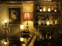 The dining room of Allen & Delancey in New York