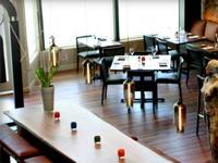 The dining room of Ubuntu in Napa