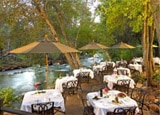 Outdoor dining at the L'Auberge de Sedona Restaurant