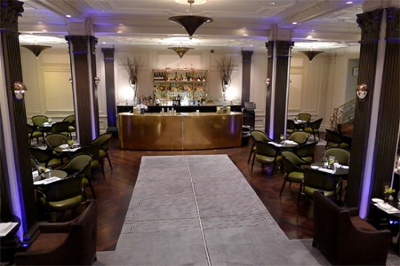 One of the Top 10 Lounges in New York, Two E Bar / Lounge is a swanky spot for cocktails, small plates or afternoon tea at The Pierre hotel.