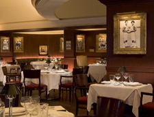 Dining room at Shula's Steak House, Chicago, IL