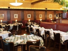 Dining room at Gibsons Bar & Steakhouse, Rosemont, IL