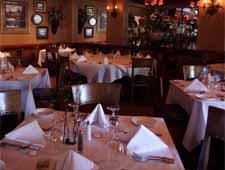 Dining room at Roberto's Ristorante & Pizzeria, Elmhurst, IL