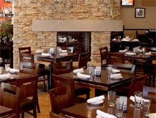 Dining room at The Grille on Laurel, Lake Forest, IL