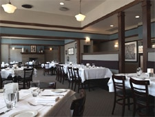Dining room at Inovasi, Lake Bluff, IL