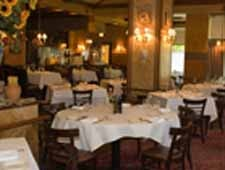 Dining room at Carlucci Rosemont, Rosemont, IL