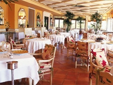 Dining room at Les Trois Saisons, Saint Tropez, france
