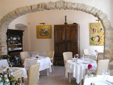 Dining room at Le Vieux Couvent, Vence, france