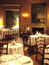 Dining room at La Mirande, Avignon, france