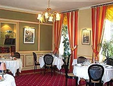 Dining room at La Roche Le Roy, Tours, france