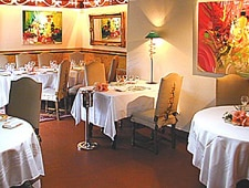 Dining room at Le Pressoir, Saint-Avé, france