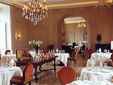 Dining room at Chateau de Mercues, Mercuès, france