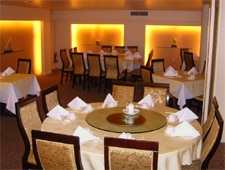 Dining room at The Mandalay, Honolulu, HI