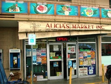 Dining Room at Alicia's Market, Honolulu, HI