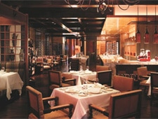 Dining room at Hugo's, Kowloon, hong-kong