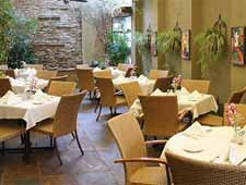 Dining room at Dal Rae, Pico Rivera, CA