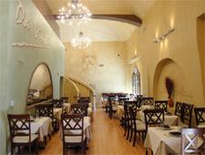 THIS RESTAURANT IS CLOSED Da Vinci Restaurant, Beverly Hills, CA
